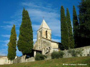 Exterior de l'església de St. Esteve de Llémena (St. Aniol de Finestres, Garrotxa)