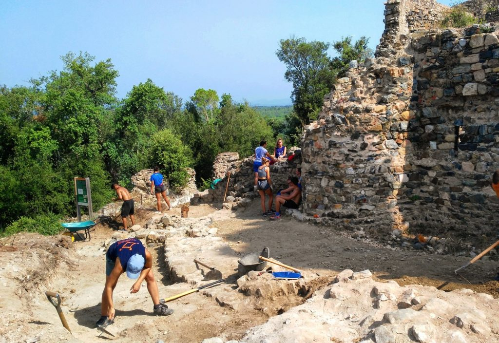 Excavació arqueològica castell Vidreres